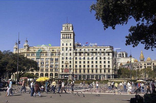 Офис в Барселоне, Испания - фото 1