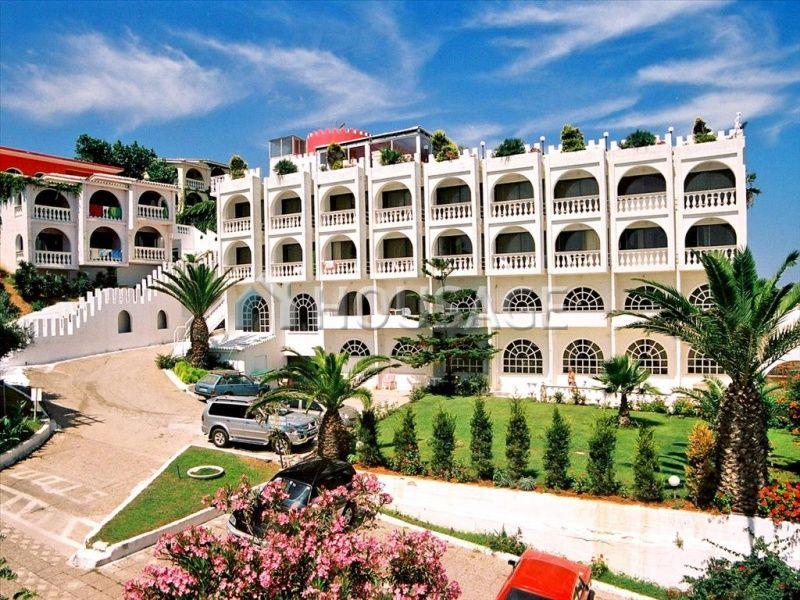 Отель, гостиница на Пелопоннесе, Греция, 2000 м2 - фото 1