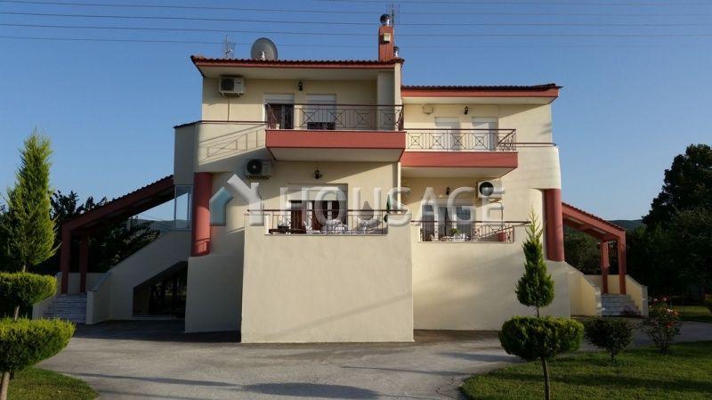 Дом в Салониках, Греция, 20002 м2 - фото 1
