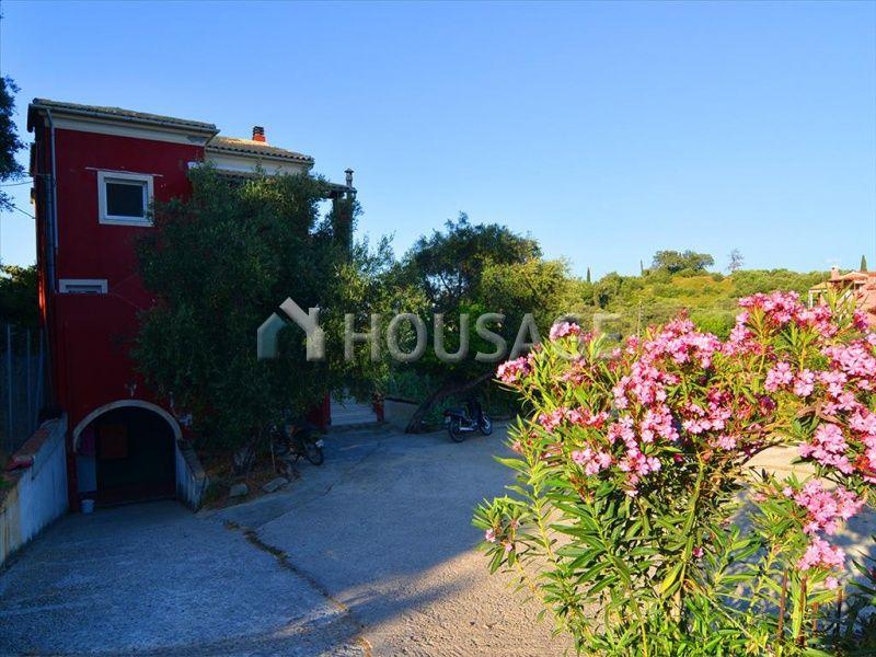 Дом на Керкире, Греция, 6182 м2 - фото 1