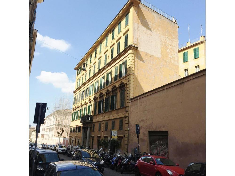 Апартаменты в Риме, Италия, 130 м2 - фото 1