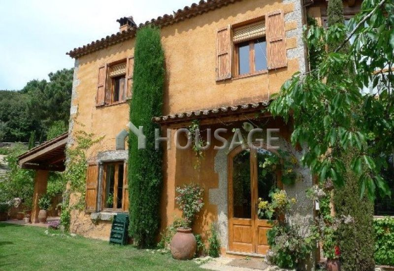 Коммерческая недвижимость Сан-Андрес-де-Льеванерас, Испания, 400 м2 - фото 1