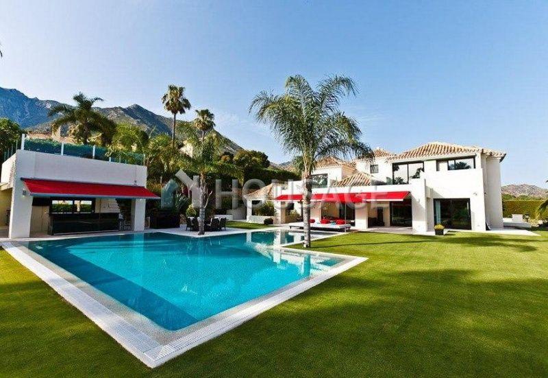 Коммерческая недвижимость в Марбелье, Испания, 690 м2 - фото 1