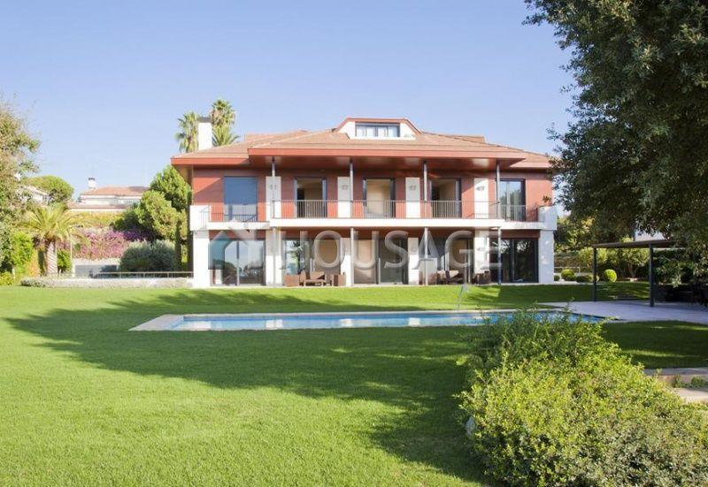 Коммерческая недвижимость на Коста-дель-Маресме, Испания, 1000 м2 - фото 1