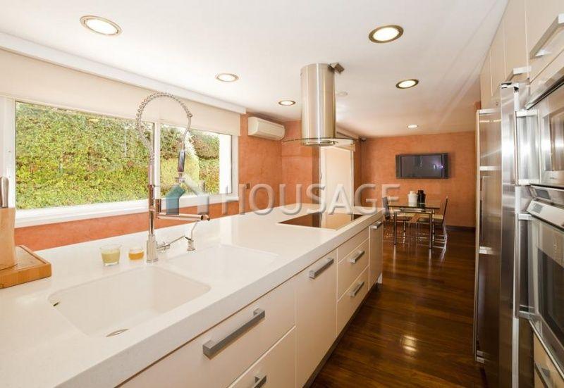 Коммерческая недвижимость Сан-Андрес-де-Льеванерас, Испания, 500 м2 - фото 1