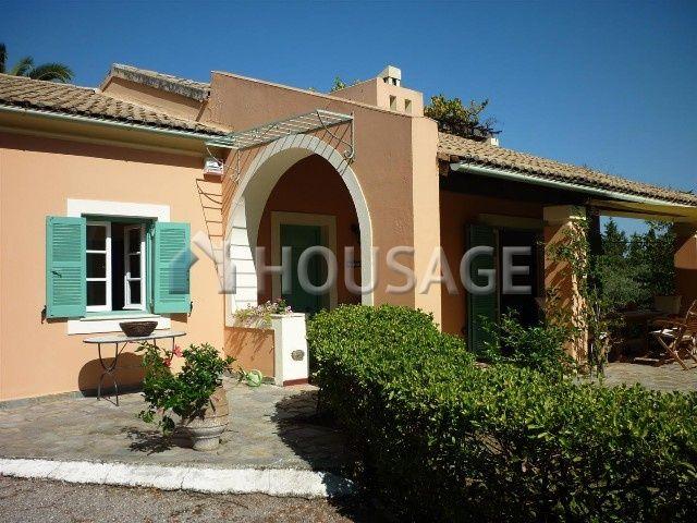Дом на Керкире, Греция, 3800 м2 - фото 1