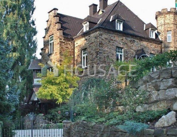 Дом в земле Рейнланд-Пфальц, Германия, 8000 м2 - фото 1