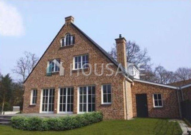 Дом в Дюссельдорфе, Германия, 323 м2 - фото 1