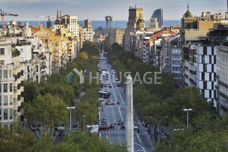 Офис в Барселоне, Испания, 2377 м2 - фото 1