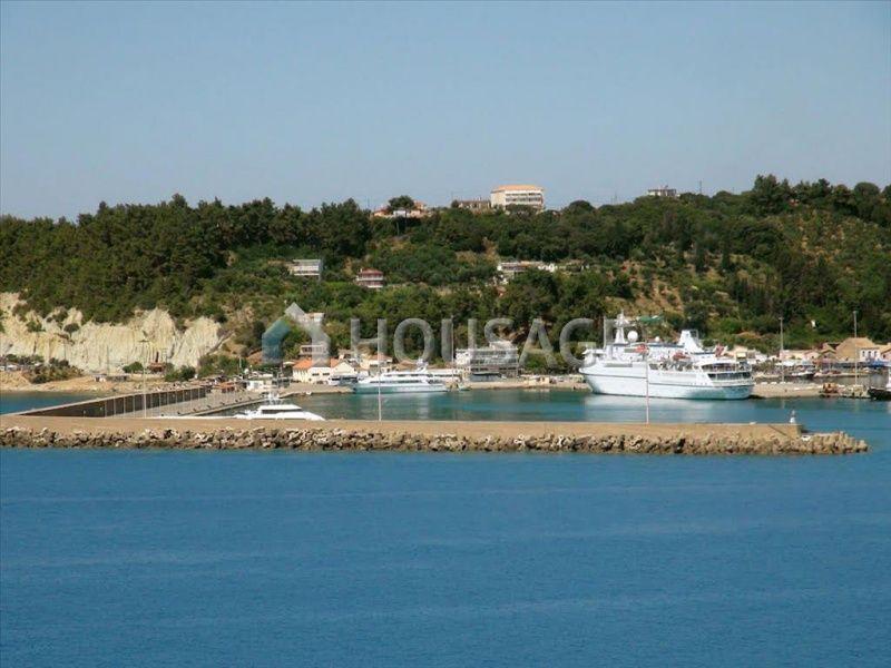 Земля на Пелопоннесе, Греция, 1285872 м2 - фото 1