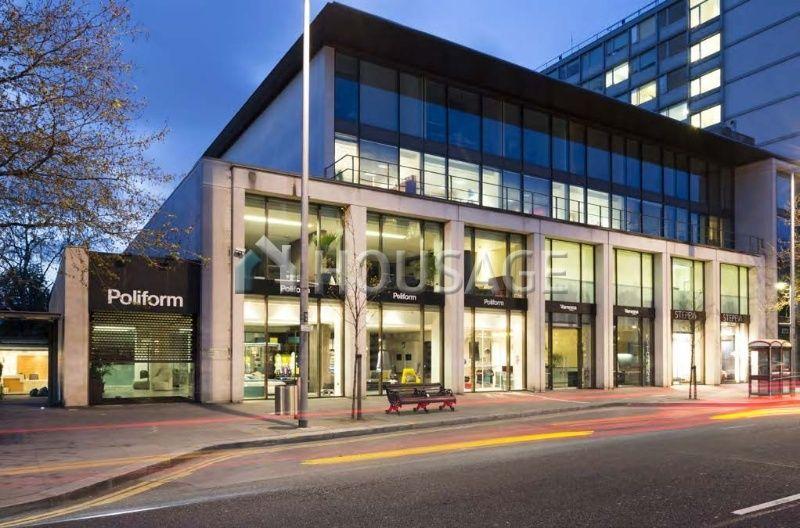 Коммерческая недвижимость в Лондоне, Великобритания, 3360 м2 - фото 1