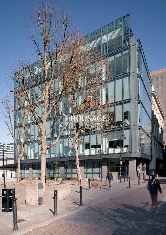 Коммерческая недвижимость в Лондоне, Великобритания, 4829 м2 - фото 1