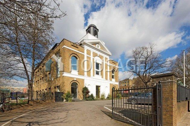 Коммерческая недвижимость в Лондоне, Великобритания, 1453 м2 - фото 1