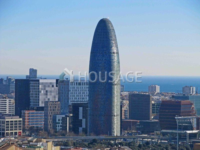 Коммерческая недвижимость в Барселоне, Испания, 1100 м2 - фото 1