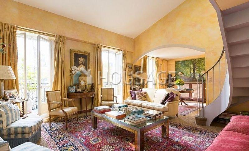 Квартира в Париже, Франция, 130 м2 - фото 1