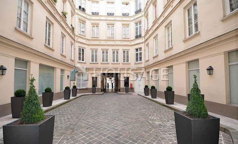 Квартира в Париже, Франция, 61 м2 - фото 1