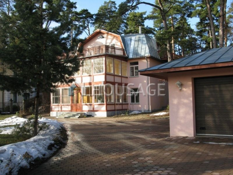 Дом в Юрмале, Латвия, 600 м2 - фото 1