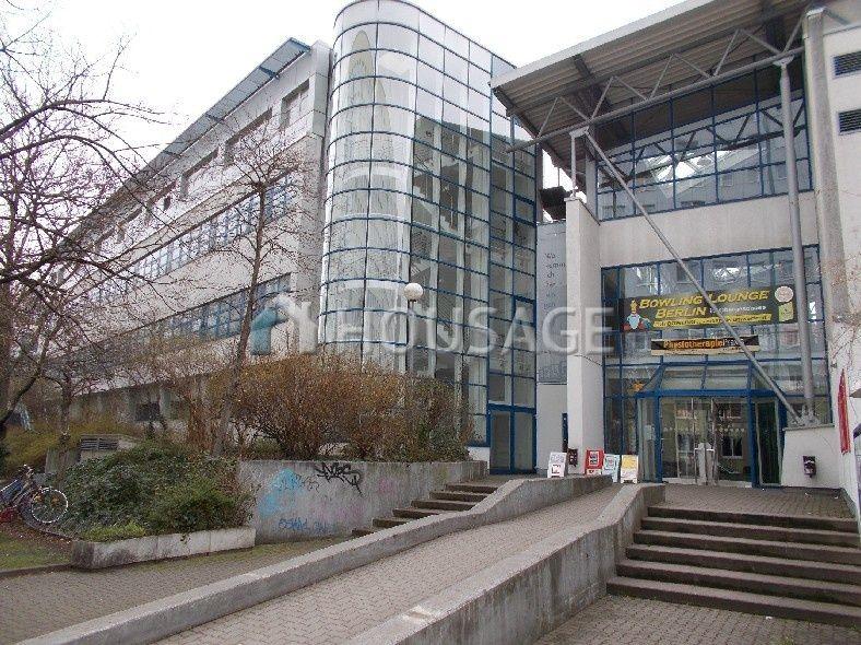 Магазин в Берлине, Германия, 6402 м2 - фото 1