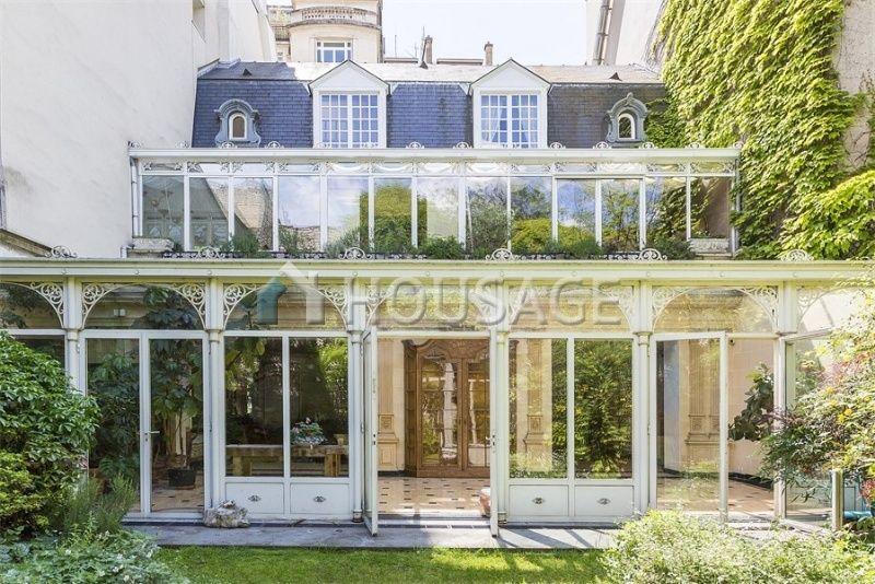 Таунхаус в Париже, Франция, 426 м2 - фото 1