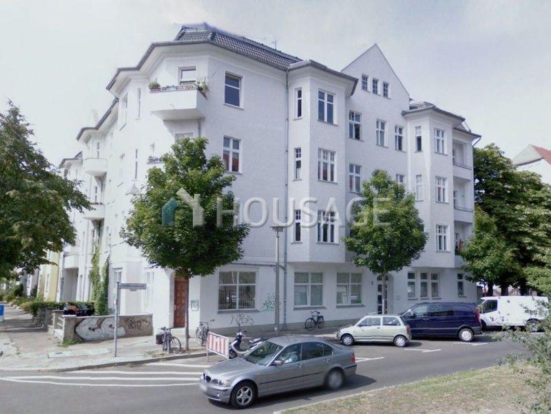 Доходный дом в Берлине, Германия, 1777 м2 - фото 1