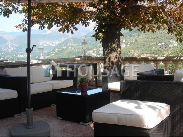 Отель, гостиница в Ментоне, Франция, 970 м2 - фото 1