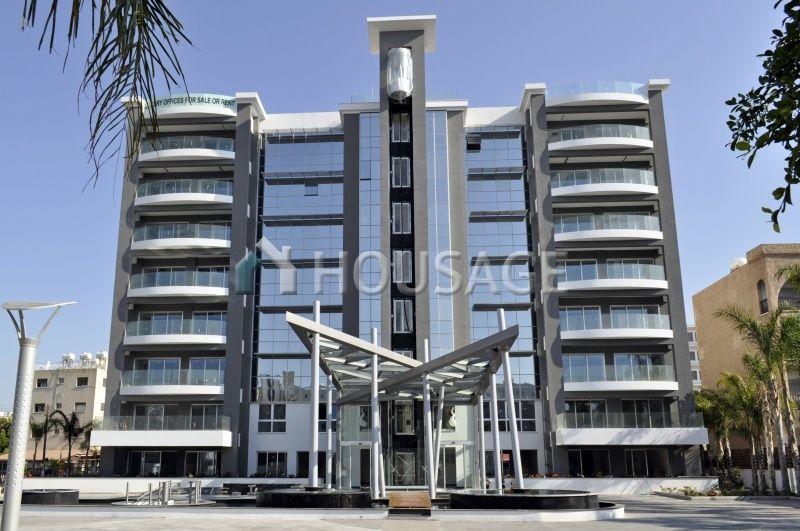 Коммерческая недвижимость в Лимассоле, Кипр, 72 м2 - фото 1