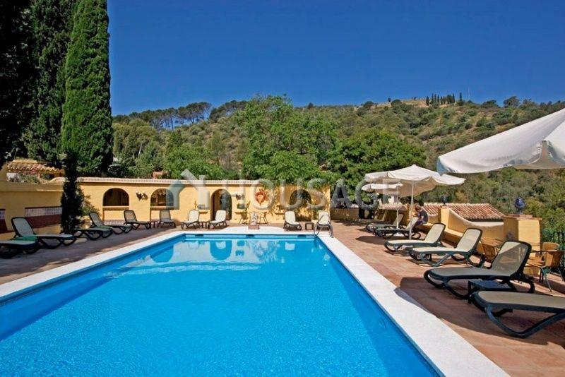 Отель, гостиница в Малаге, Испания, 3942 м2 - фото 1