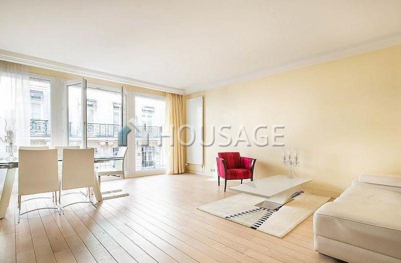 Квартира в Париже, Франция, 67 м2 - фото 1
