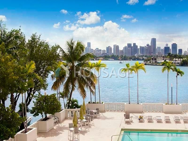 Квартира в Майами, США, 88 м2 - фото 1