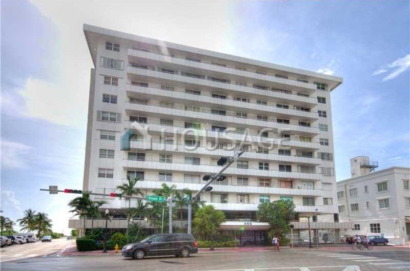 Квартира в Майами, США, 62 м2 - фото 1