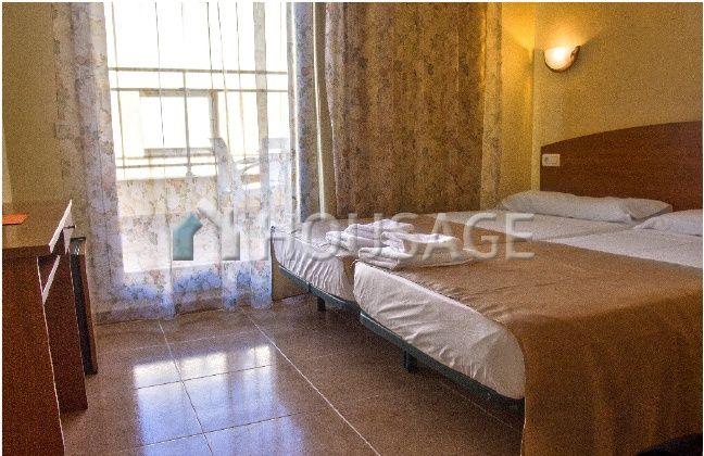Отель, гостиница на Льорет-де-Мар, Испания - фото 1