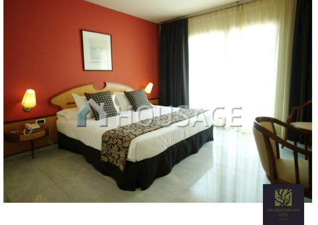 Отель, гостиница Ситжес, Испания, 2500 м2 - фото 1