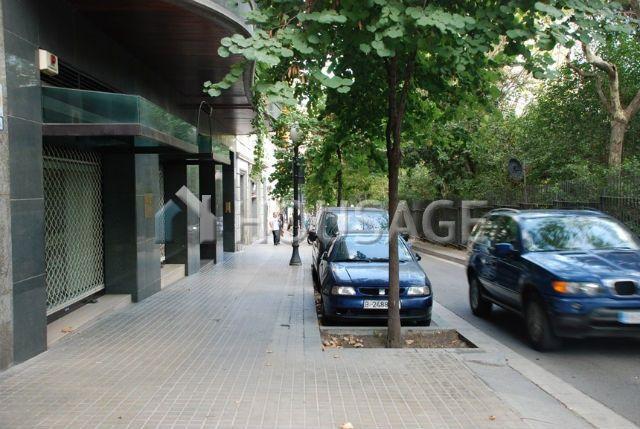 Коммерческая недвижимость в Барселоне, Испания, 221 м2 - фото 1