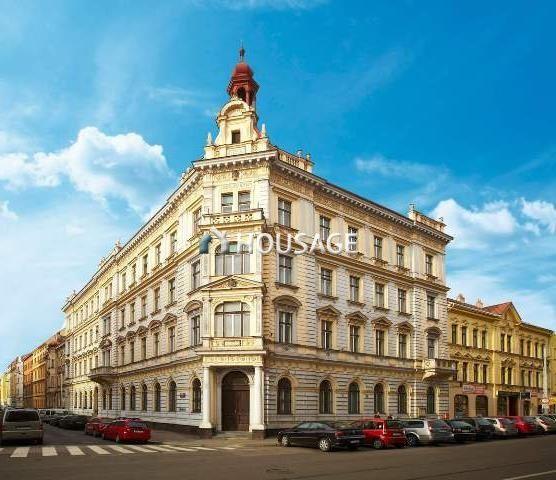 Коммерческая недвижимость в Праге, Чехия, 146 м2 - фото 1