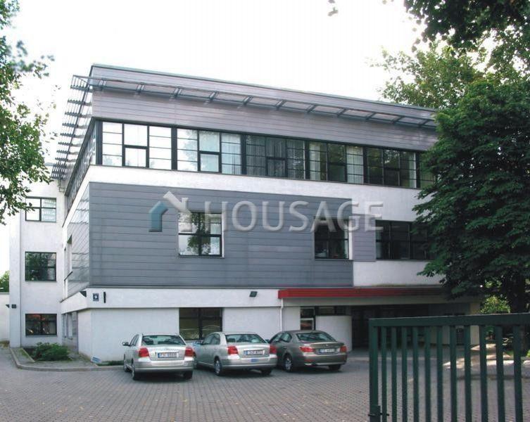 Офис в Риге, Латвия, 1100 м2 - фото 1
