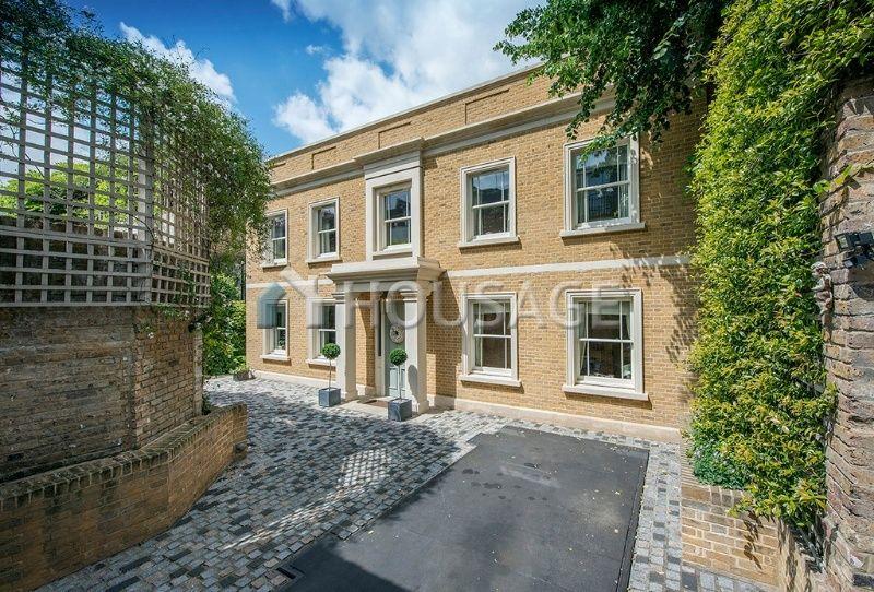 Дом в Лондоне, Великобритания, 650 м2 - фото 1