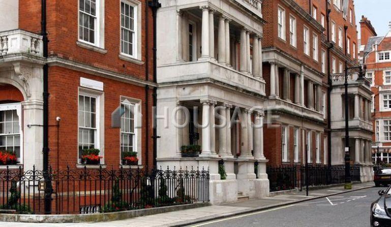 Таунхаус в Лондоне, Великобритания, 470 м2 - фото 1