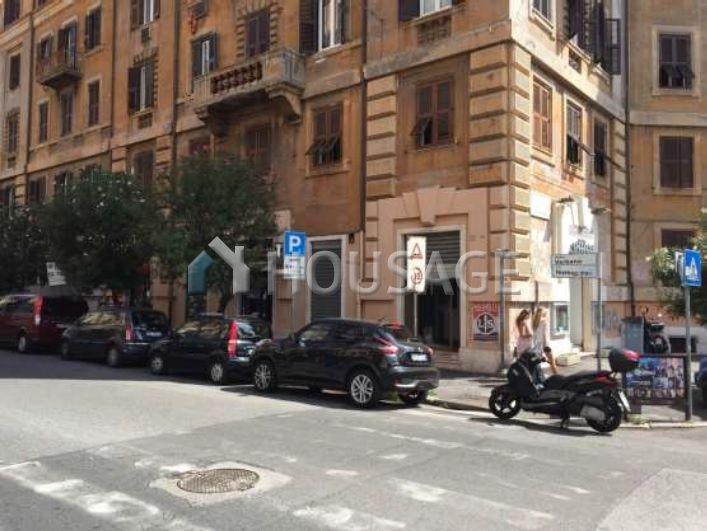 Коммерческая недвижимость в Риме, Италия, 90 м2 - фото 1