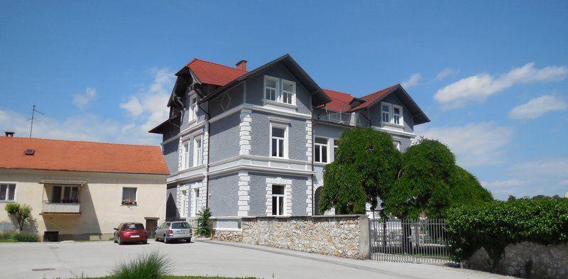 Коммерческая недвижимость в Целе, Словения, 956 м2 - фото 1