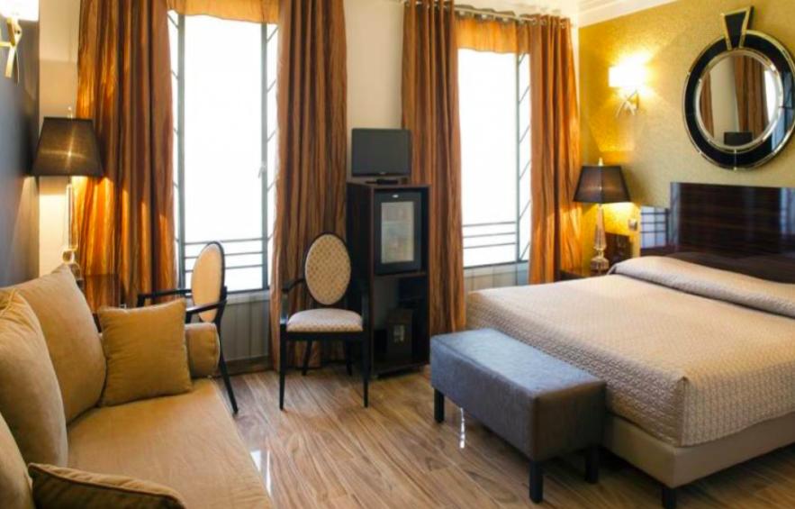 Отель, гостиница в Ницце, Франция, 600 м2 - фото 1