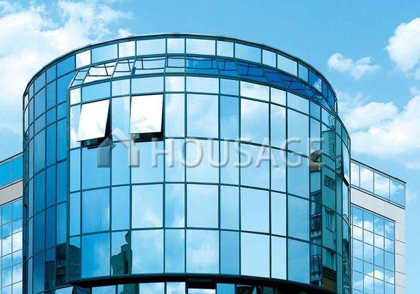 Коммерческая недвижимость в Барселоне, Испания, 12377 м2 - фото 1