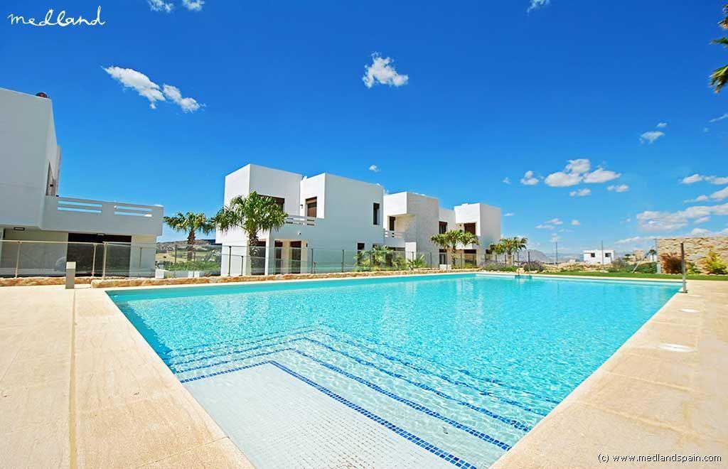 Апартаменты в Альгорфе, Испания, 69 м2 - фото 1