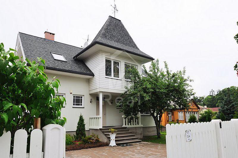 Дом в Юрмале, Латвия, 1300 м2 - фото 1