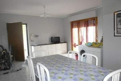 Квартира в Пескаре, Италия, 95 м2 - фото 1