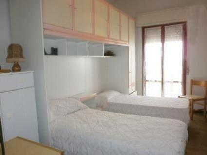 Квартира в Пескаре, Италия, 90 м2 - фото 1