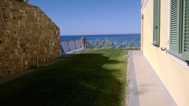 Квартира в Оспедалетти, Италия, 60 м2 - фото 1