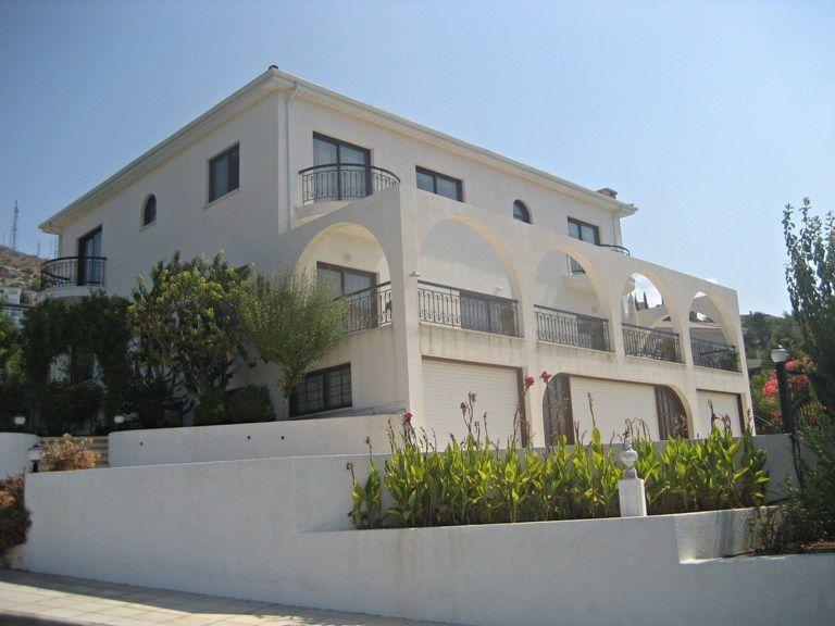 Вилла в Пафосе, Кипр, 1100 м2 - фото 1