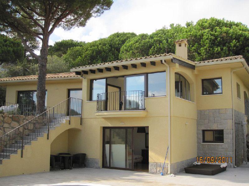 Дом на Льорет-де-Мар, Испания, 280 м2 - фото 1