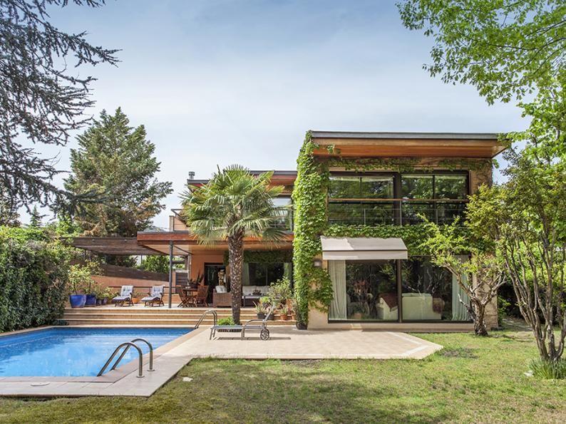 Дом в Барселоне, Испания - фото 1