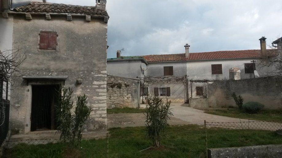 Дом в Пуле, Хорватия, 120 м2 - фото 1